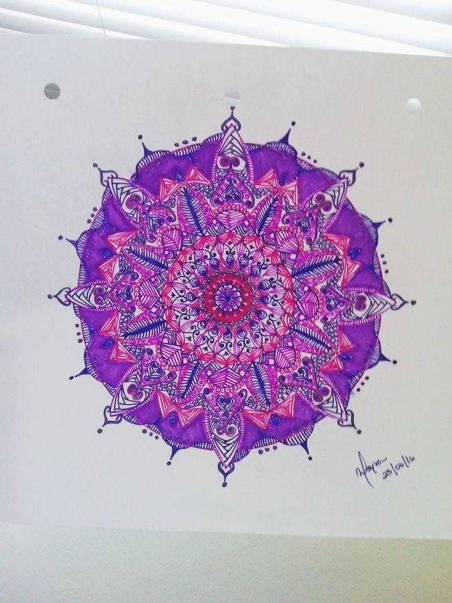 Mandala Mandala Of The Day Mandala Painting Mandala Passion Zentangle Zentangleart Patterns Relaxing Draw Drawing ✏ Peaceful Moment Colorful Colors Taking Photos