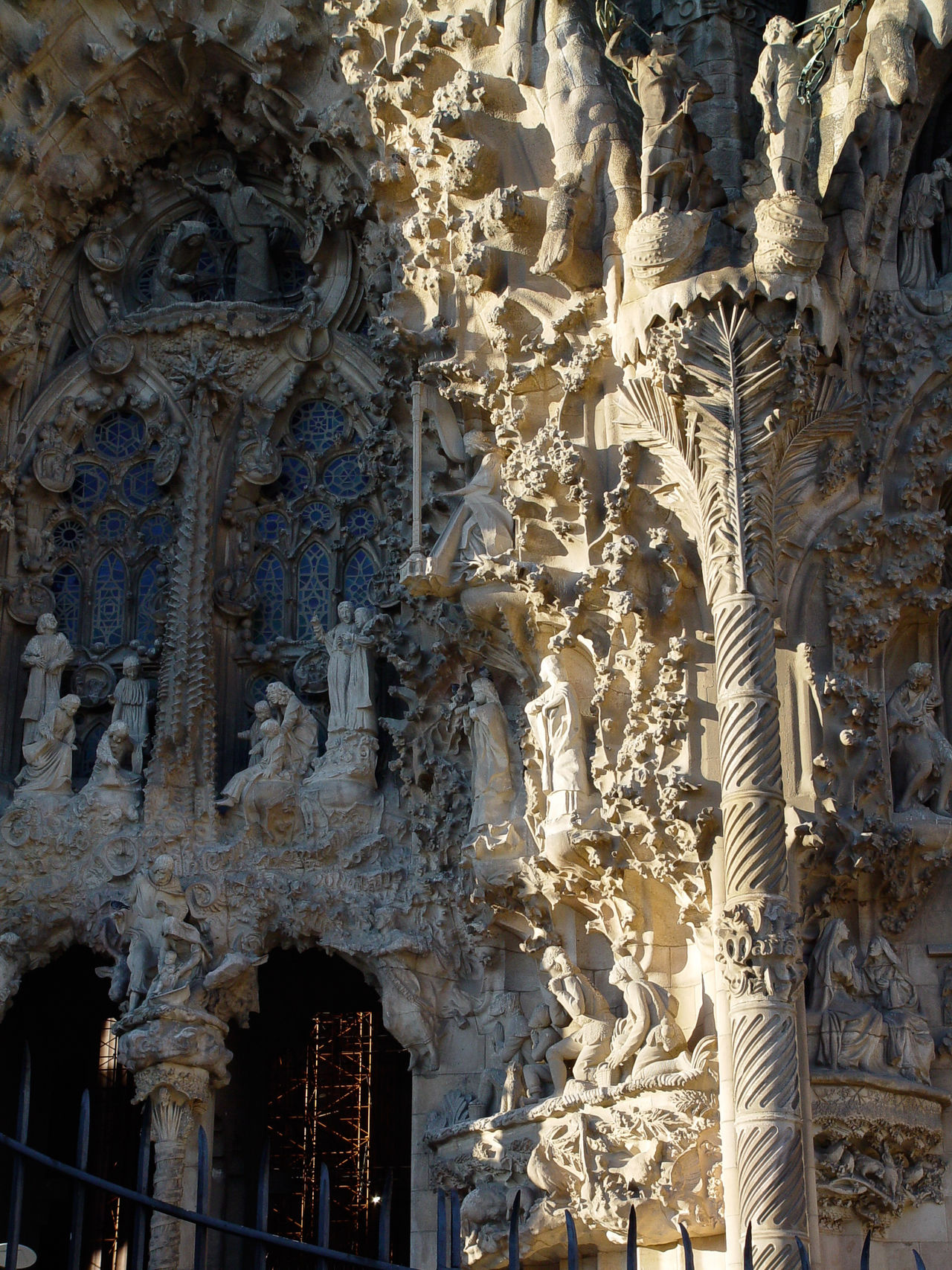Details from Entrance of Sagrada Familia (2003) 2003 Arch Architectural Feature Architecture Built Structure Day Details Façade Gaudi Gaudi #barcelona History Low Angle View Modernisme Outdoors Place Of Worship Sagrada Familia Window