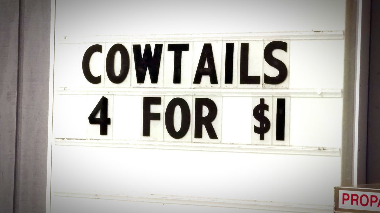Signs Cows Cowtail