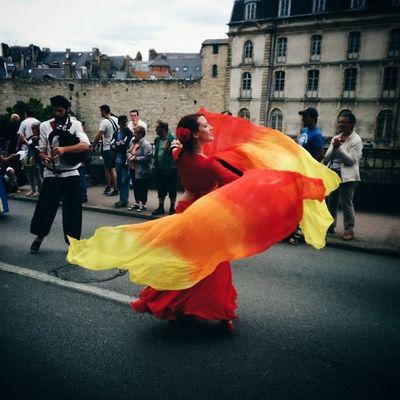 Esmeralda aux fêtes historiques de Vannes ? Travel