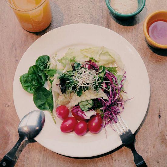 來吃吧!呷菜。 Taipei Taiwan Lunch Food Salad Vegetables 吃吧