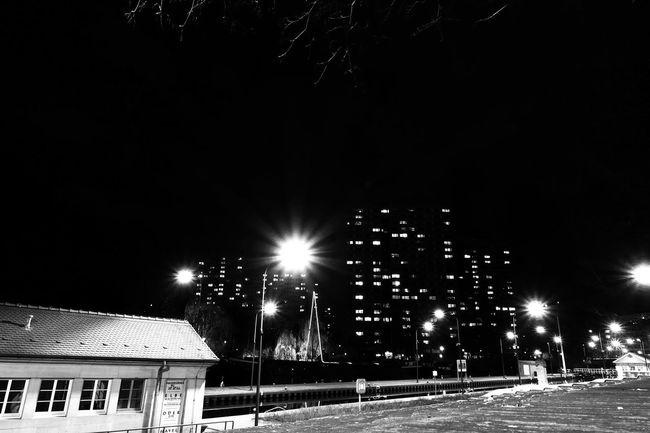 Cities At Night Blackandwhite Nightphotography Darkness And Light Schwarzweiß Longtimeexposure City Night Lights Built Structure No People Schleuse Mühlendamm Fischerinsel