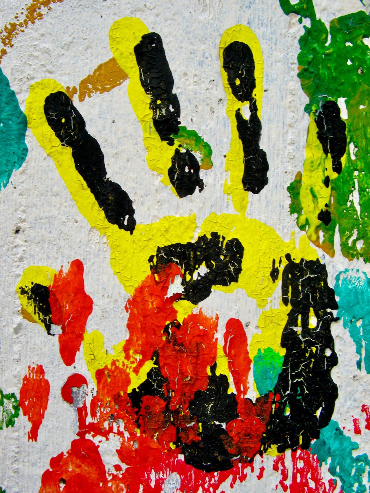 You & You Multi Colored Abstract Hands Close-up Streetart StreetArtEverywhere Muster Mix Fine Art Textures And Surfaces Pattern, Texture, Shape And Form Colour Of Life Paint Backgrounds