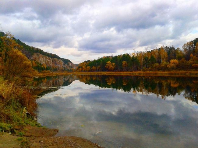 Reflection Cloud - Sky Nature Sky Beauty In Nature Water Scenics Lake Tranquil Scene Tree Tranquility Outdoors Idyllic Day No People Mountain Autumn Landscape