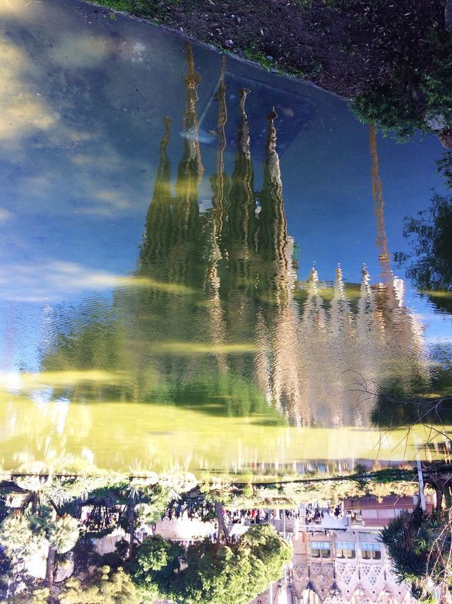 Reflection Movilgrafias Barcelona Arquitectura Streetphotography Discover Your City Capture The Moment Shootermag IPhoneography Eye4photography  Art Love