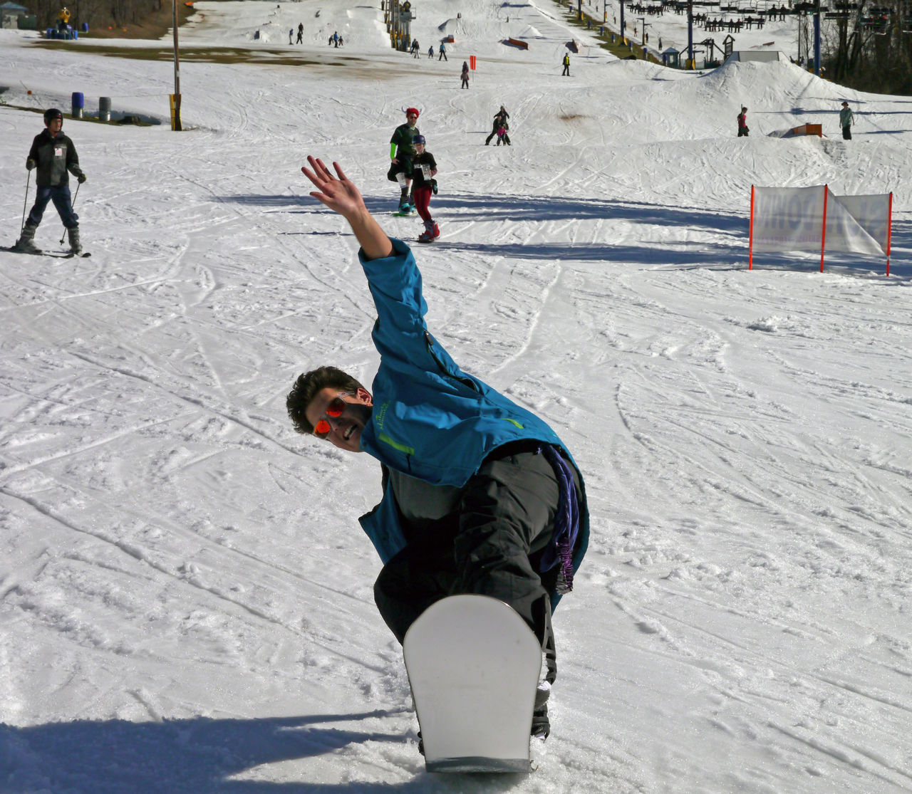 winter, snow, cold temperature, leisure activity, winter sport, sport, skiing, real people, field, day, fun, full length, outdoors, activity, skill, warm clothing, vacations, ski holiday, playing, lifestyles, nature, childhood, snowboarding, people, one person, ice rink, adult, adults only