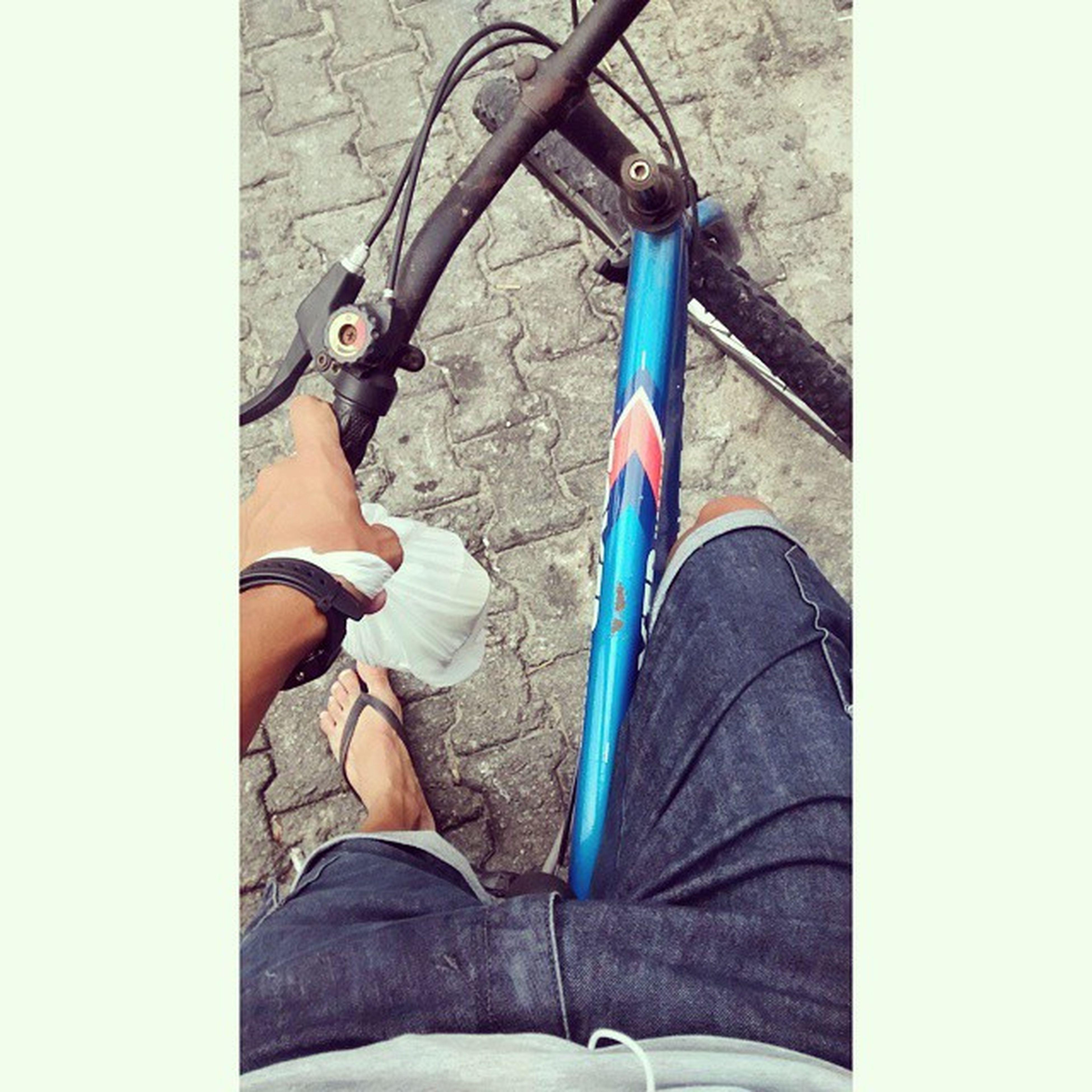Me sinto com 12 anos andando de Bike hahaa fazia quase um ano que não pedalava, magrela ? Bike Avqer Avidaqueeurecomendo