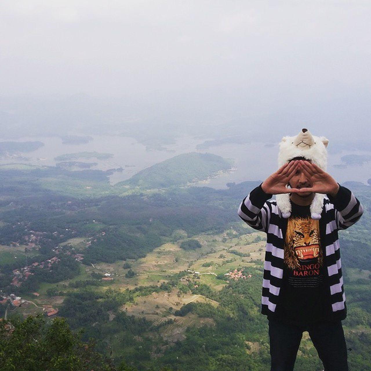 Kapan kamu ada waktu untuk naik gunung bareng aku?? Ridwanderful TravelingPakeReceh JarambahBandung DiBawahLangitBandung BandungIsMe