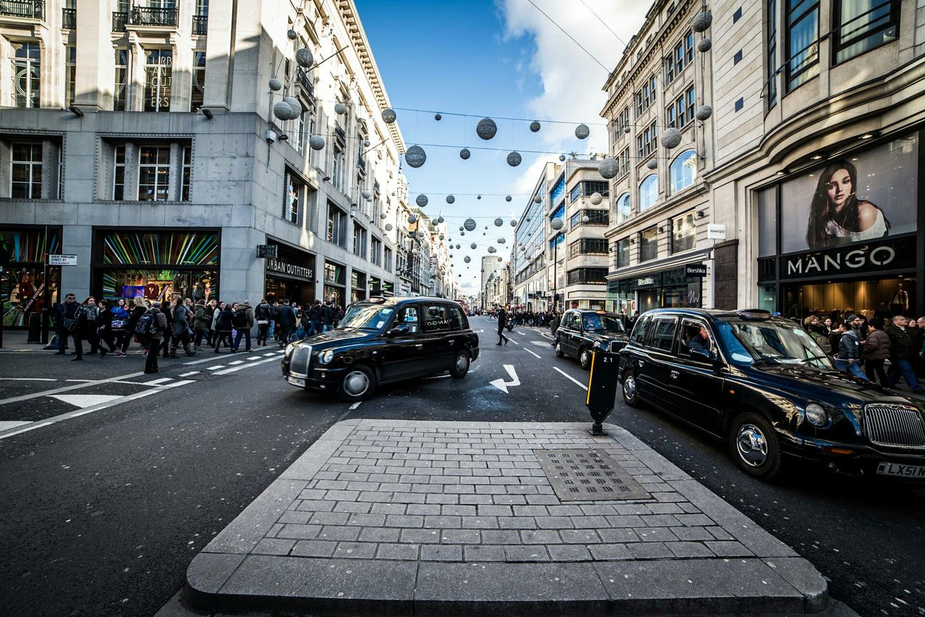 The Walk.. Capture The Moment London Oxfordstreet Regentstreet Motigoya