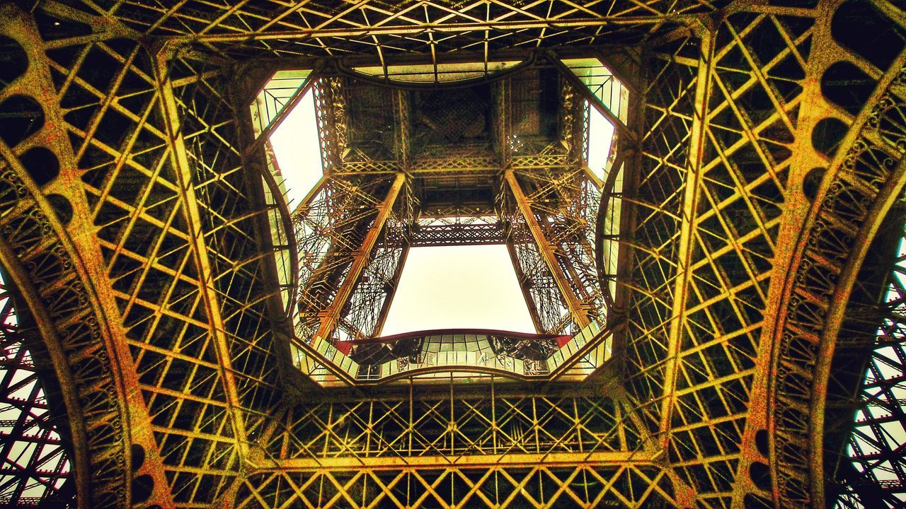 From My Point Of View From Underneath Strange Perspective Tecni.art Art And Craft Construction Site Warm Colors No People Historical Architecture Eiffel Tower Paris ❤ France 🇫🇷 My Favorite Photo 43 Golden Moments Dramatic Angles
