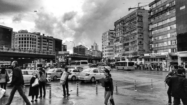 Go to work.. CasperVİA V8c Istanbul Casper Mecidiyekoy Meydan Blackandwhite Instapic GoToWork Bw Ig_istanbul Ig_daily Ig_landscape IGDaily Photo Photography Photoofthedays Landscapephotography Streetphotography Followme Shrqan Instagram EyeEm 500px Flicker Longexposure People instacool phsk