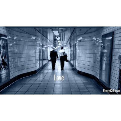 Live.Love.BeHappy ❤️ Lovelondon London London_only Londonpop London_only_members Igerslondon Ig_london Ig_england Ig_europe Guesstination Streetshot_london Internationalgrammers Icu_britain Streetshot_london TransportForLondon Londonunderground Tube Train Underground Unsung_masters 16x9