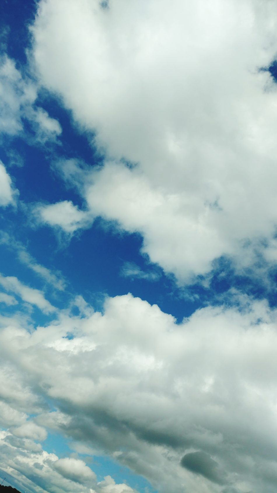 Beauty of the heavens. Enjoying Life Outdoor Photography Sunny Skies Cloud Clouds And Sky Cloud - Sky Cloudy Clouds Serenity Skies Sky And Clouds