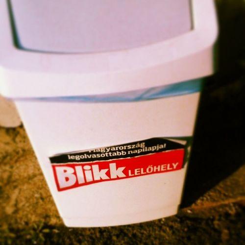 Blikk Trash Kuka Lelohely magazine megtalalod