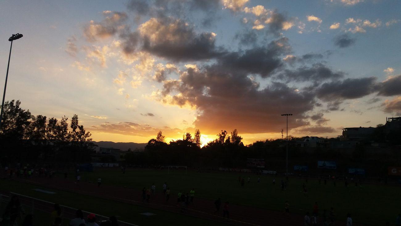 Sunset Outdoors Dramatic Sky Cloud - Sky Beauty In Nature Nature Nofilter Honduras Peaceful Noedit Sky EyeEmNewHere