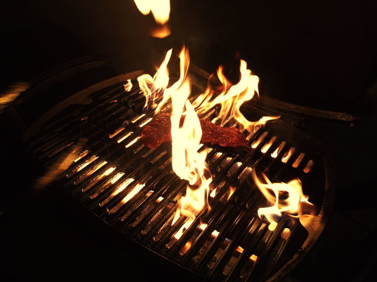 Flame Burning Heat - Temperature Illuminated Steaks Grilled Meat Grilled Steak Dinner Steaknight
