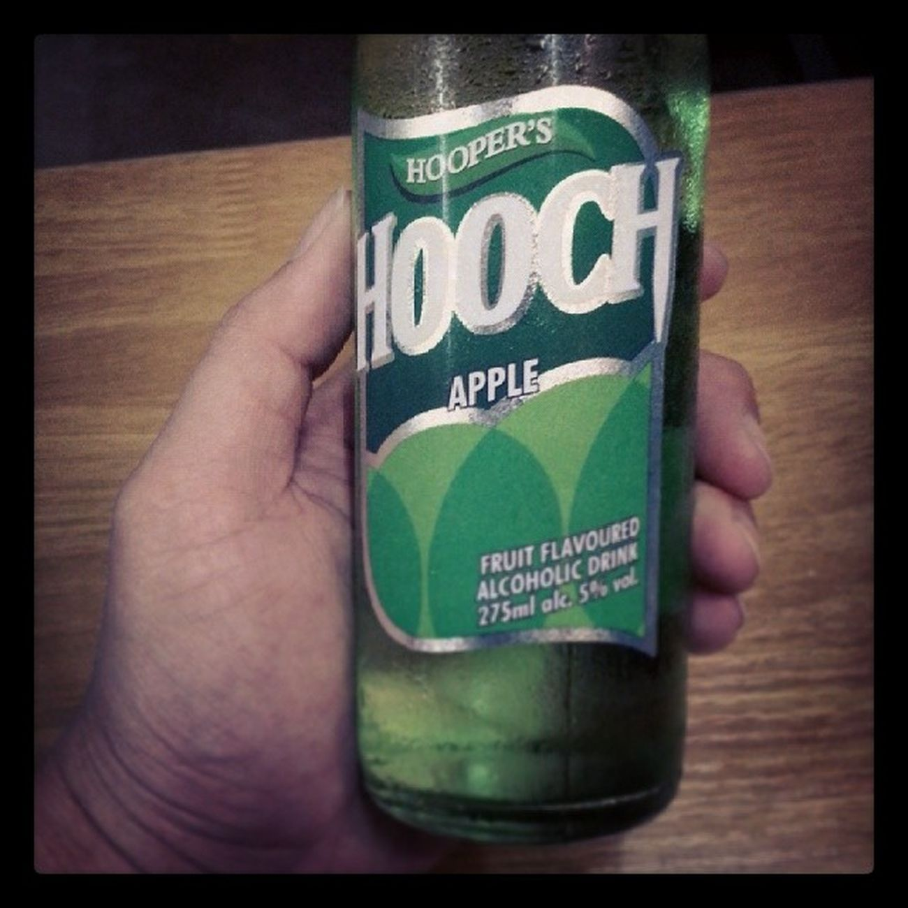 Best drink ever when im awake ? Hooch Holland Beer Apple flavour isomania cheers satisfied drunk