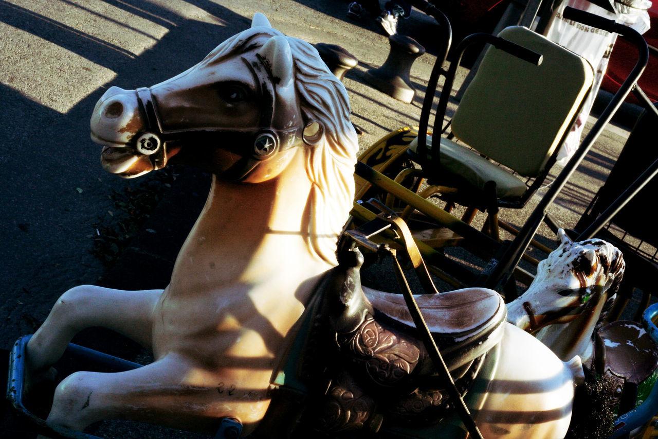 Animal Representation Attelage Carriole Charrette à Cheval Chevaux De Bois Childhood Childhood Memories Coupling Couplings Enfance Enfance ! ❤ For Kids Funfair Funfair Streetphotography Horse Horses Souvenir D'enfance Wooden Horse Wooden Horses