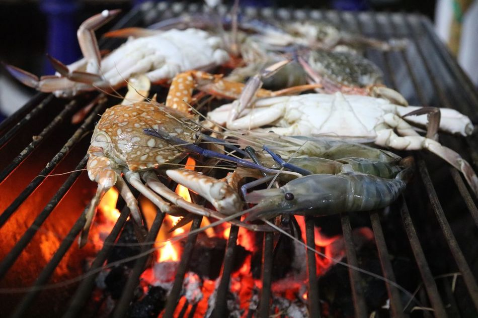 Close-up Food And Drink Food Focus On Foreground Freshness Day Abundance Large Group Of Objects Full Frame Bonfire Fried Fried Shrimp Fried Crab Seafood Party