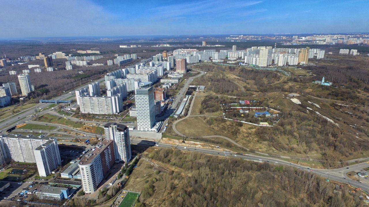 Krylatskoye district of Moscow Moscow Москва крылатское москва с высоты L A Bird's Eye View City District City Overlook City Landscape City View  Russia Россия высота  Heights City Horizon Horizon Over Land District Architecture Bird Eyes View Spring City Landscape Aerial City From Air Aerial View Aerial Shot