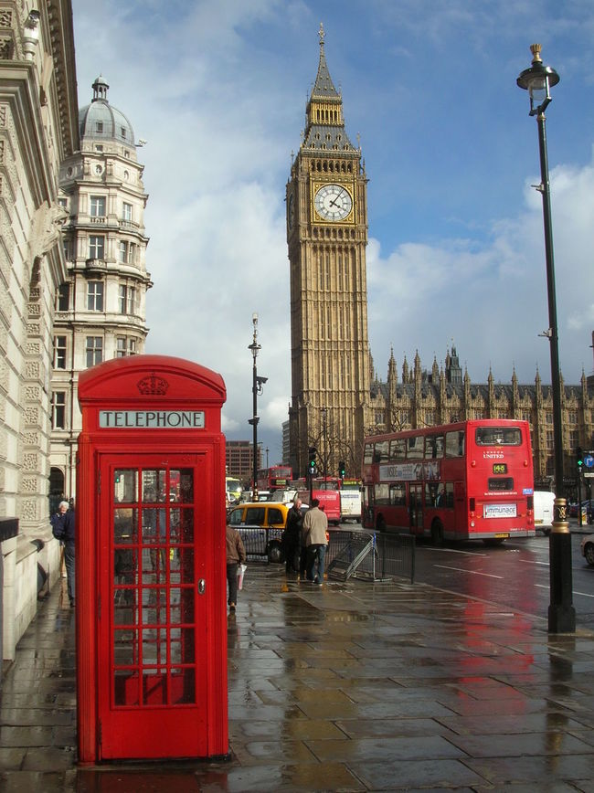 I'm flying to London tomorrow February 2nd 2015