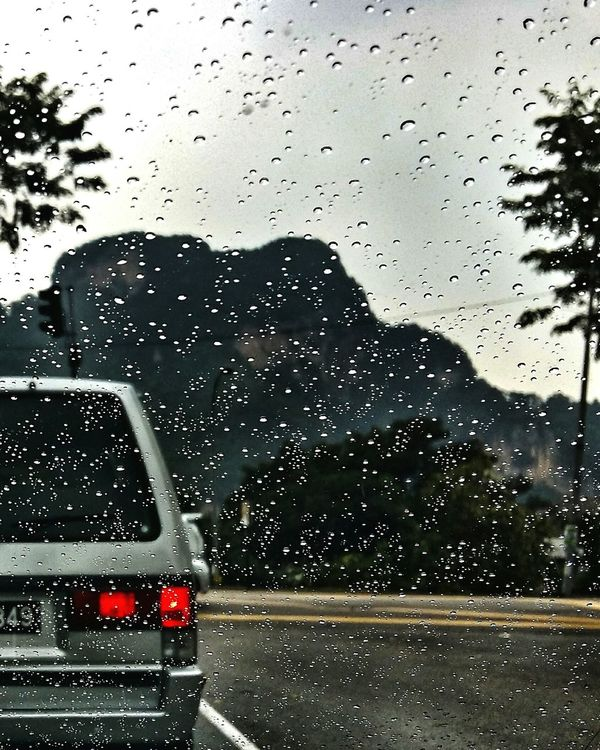 In-waiting Rain Windshield 8am Waterdrops Red Light HillTopView Batu Caves Malaysia Scenery Malaysia Truly Asia Residential District