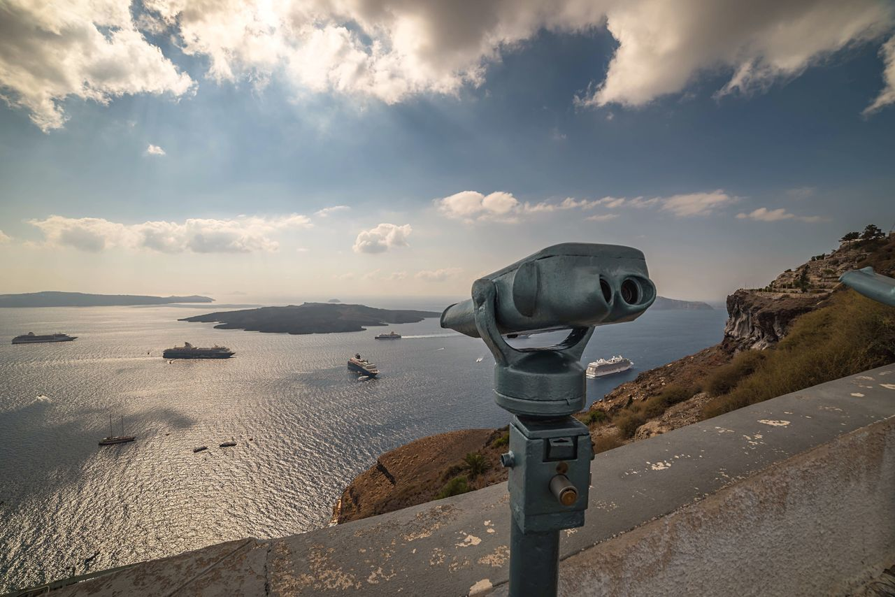 Lookout Binoculars Surveillance Coin-operated Binoculars Santorini Cloud - Sky Harbour Port Greece Nature Holiday POV Travel Destinations Travel Photography Travelling The Great Outdoors - 2017 EyeEm Awards Scenics Sea And Sky Beauty In Nature Seaside Sea View Scenery Looking Down Taking In The View. Greek Islands