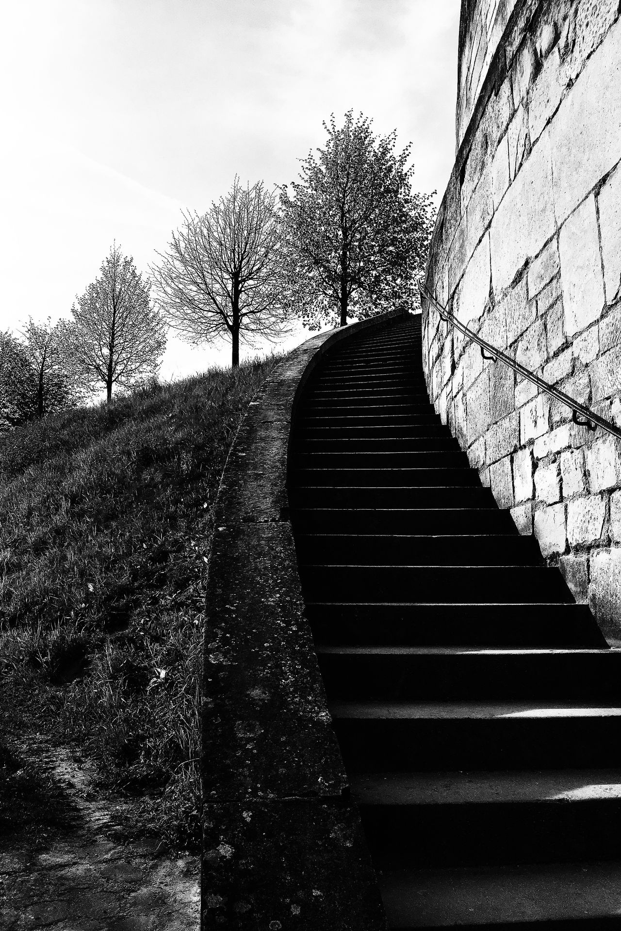 Montée vers le musée de la renaissance Architecture No People Outdoor Stairs Black and White