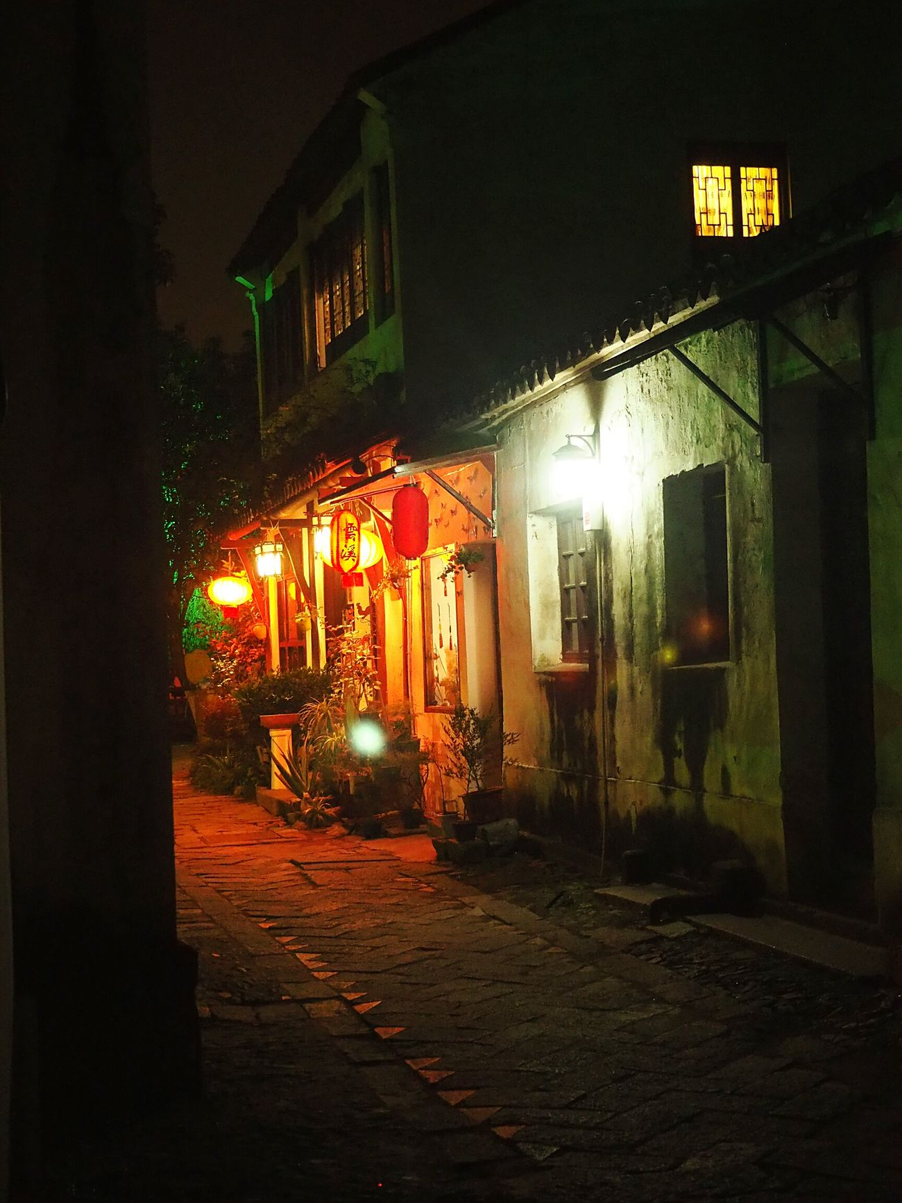 Overnight Success Tongli China China Travel Destination Night House Streetphotography Quiet Moments