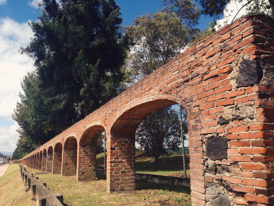 Antiguos Arcos de alimentación de Agua Old Arcs for Water