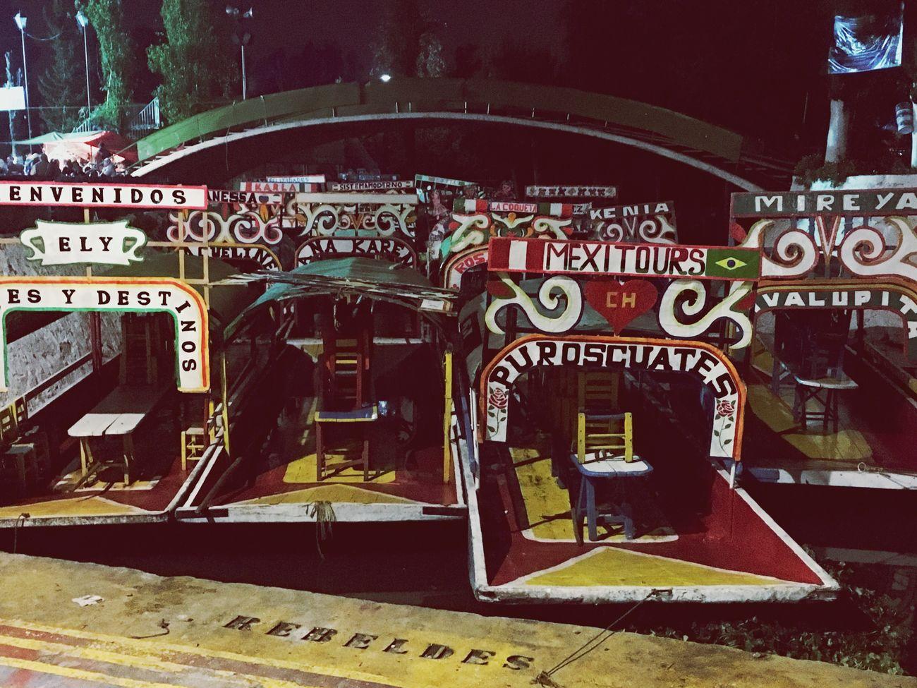 Arts Culture And Entertainment No People Disfrutando De La Vida Mexicomagico Multi Colored Night Xochimilco Trajineras la vida es un paseo...