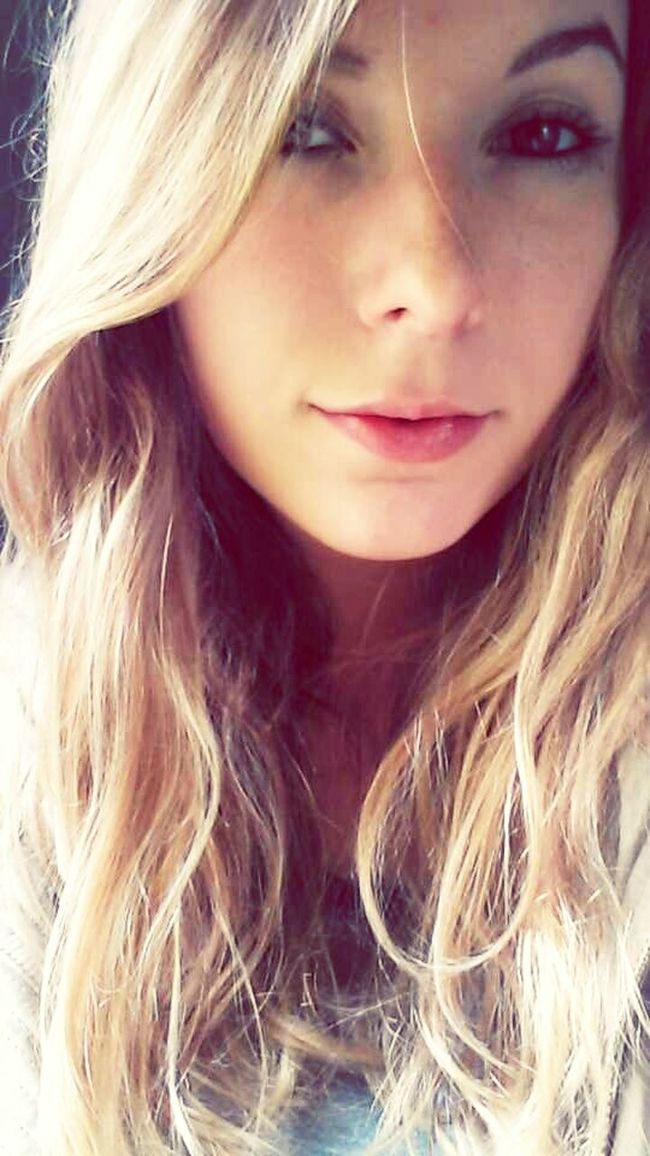 Serious Selfie Beauty