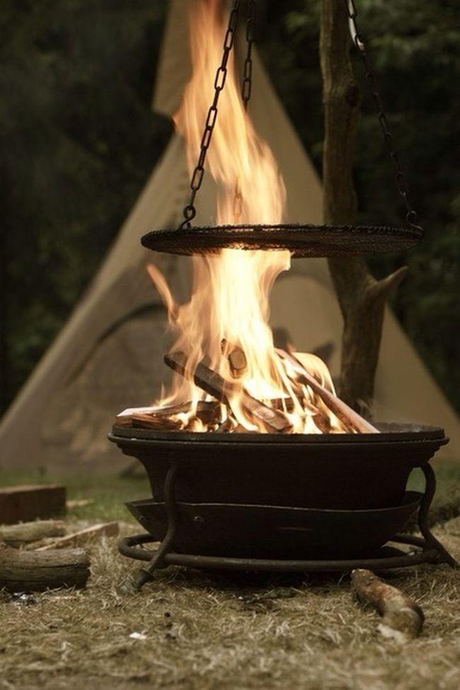 Campfire Canon EOS 550D Canon Plastic Fantastic Festipi
