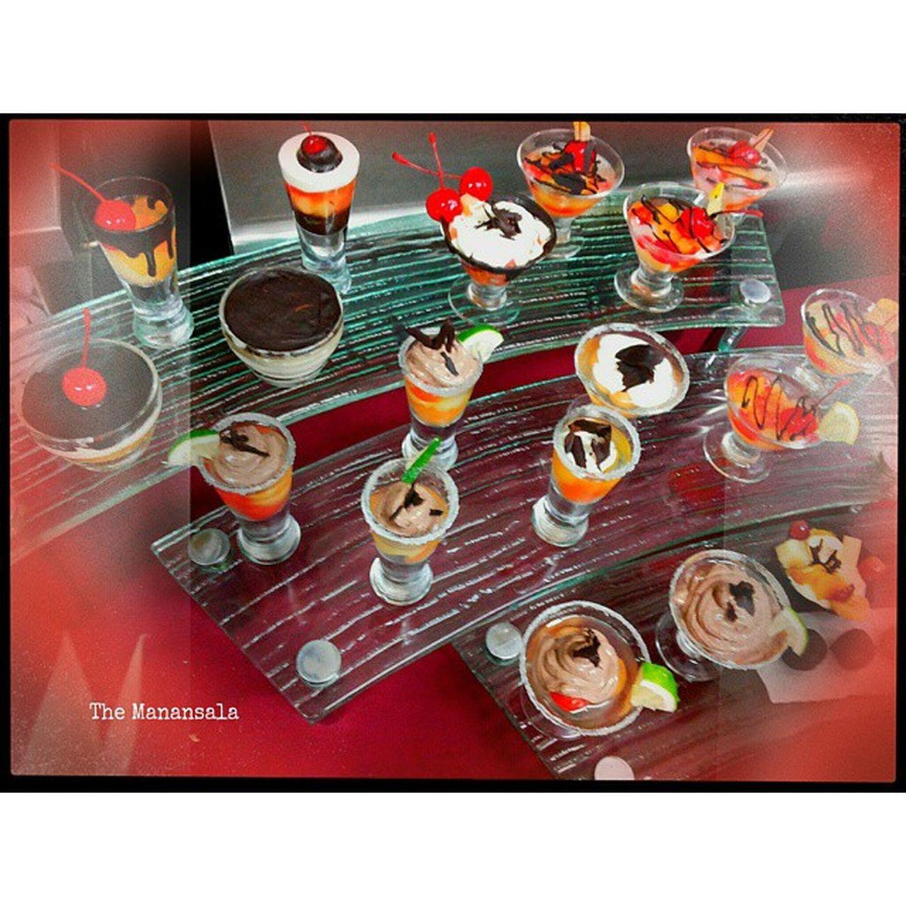 Fresh fruit dessert shooters done by my PrimLab HSB15A food artists . . . Lategram Primlab Benilde KitchenBoss gastronomy foodgasm foodporn themanansala