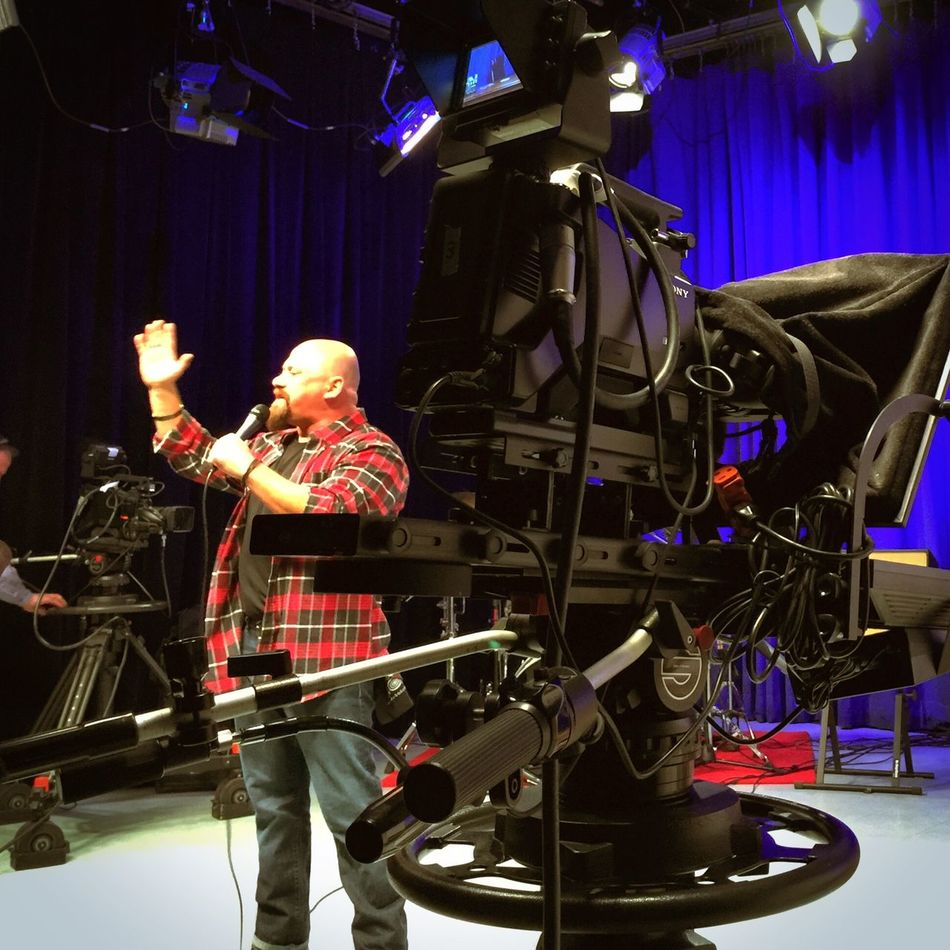 @comediancraigL performs on @latenightwithjohnnyp - see link for channels! Todayonthescene http://www.cathleensscene.com/todayonthescene/todayonthescene-late-night-with-johnny-p-and-the-reunion-of-nyb