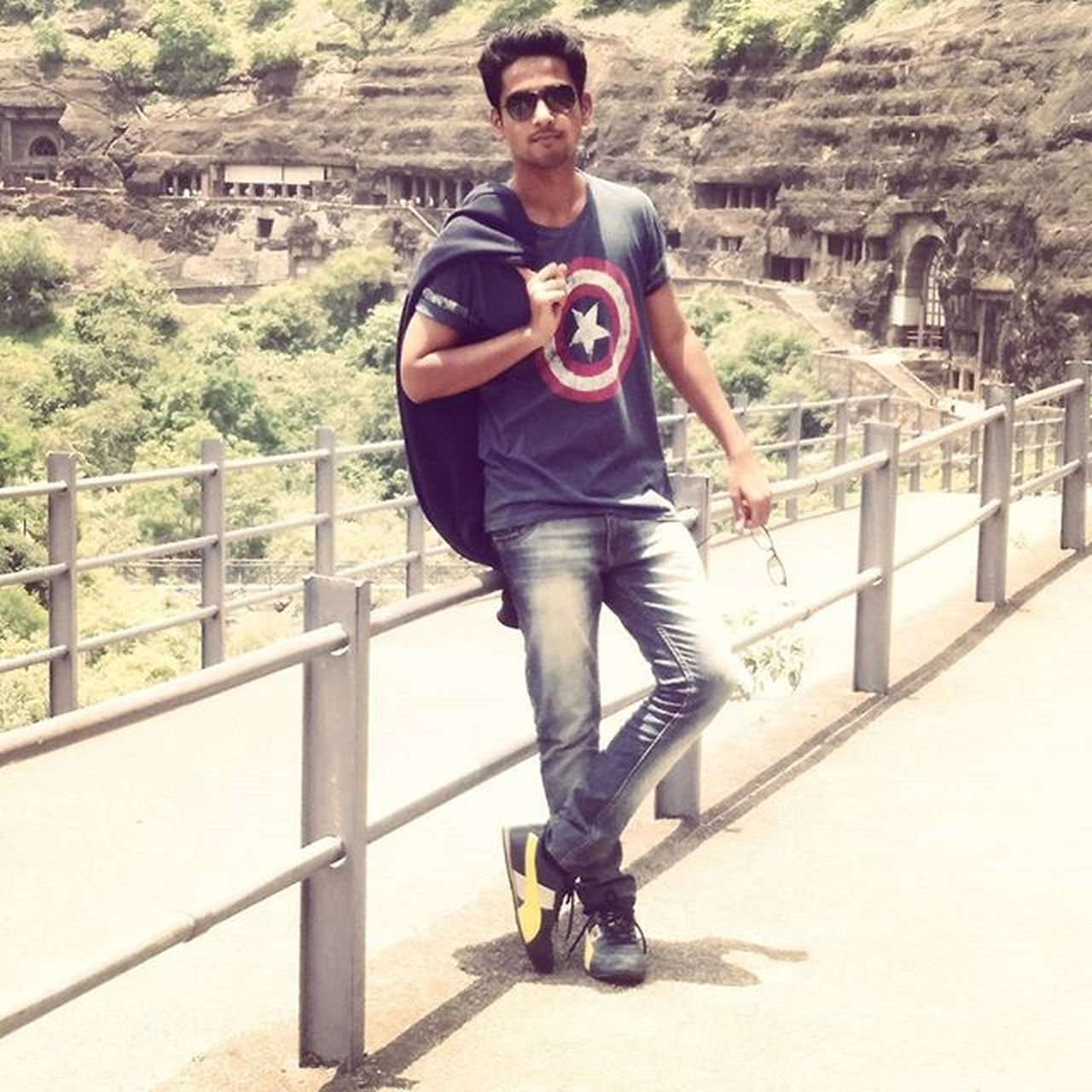 Traveler_diaries Ajantacaves Dusty_look AwesomeDay Roadtrip