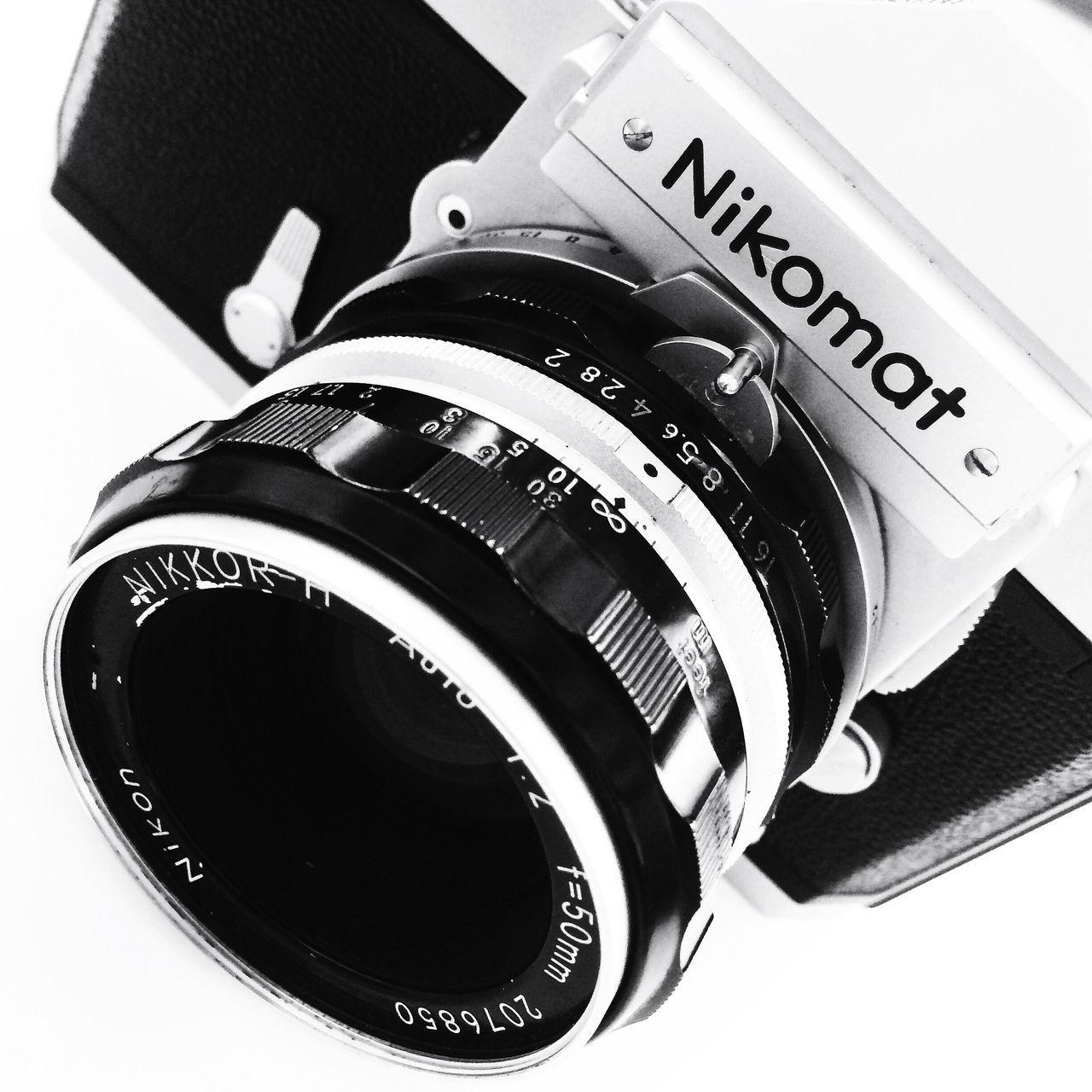 camera - photographic equipment, photography themes, film industry, no people, camera, indoors, modern, technology, close-up, day