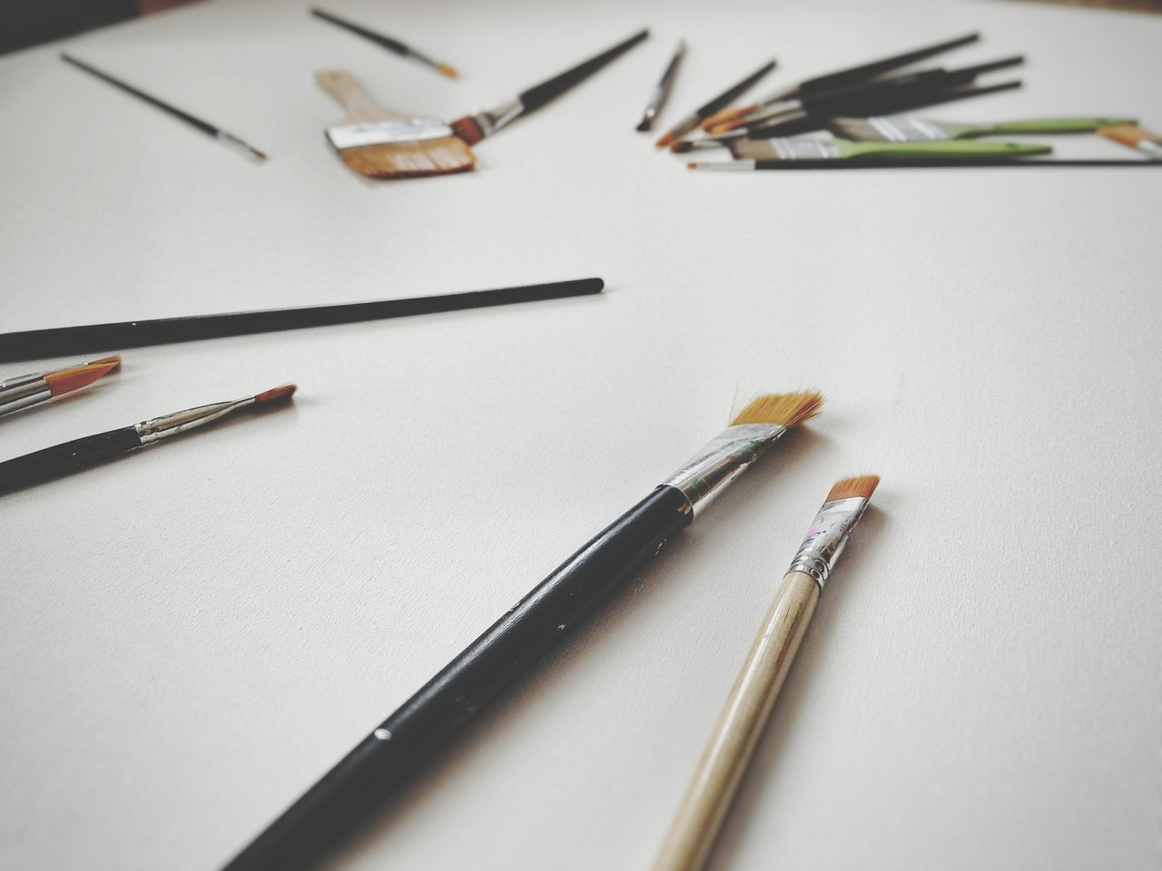 Paintbrushes White Background Studio Shot Fine Arts Indoors  Large Group Of Objects Variety Painting Tools Hobby White Canvas My Work Still Life Abstract Composition Working Tools Paintbrush
