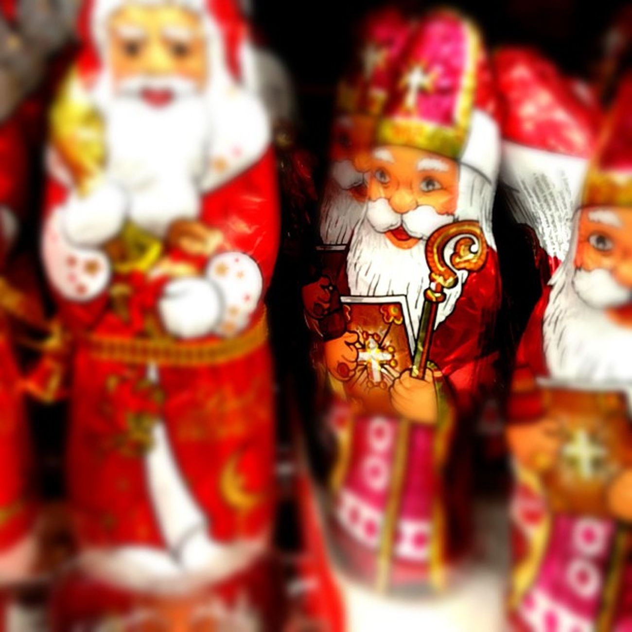 Weihnachtsmann vs. Nikolaus.