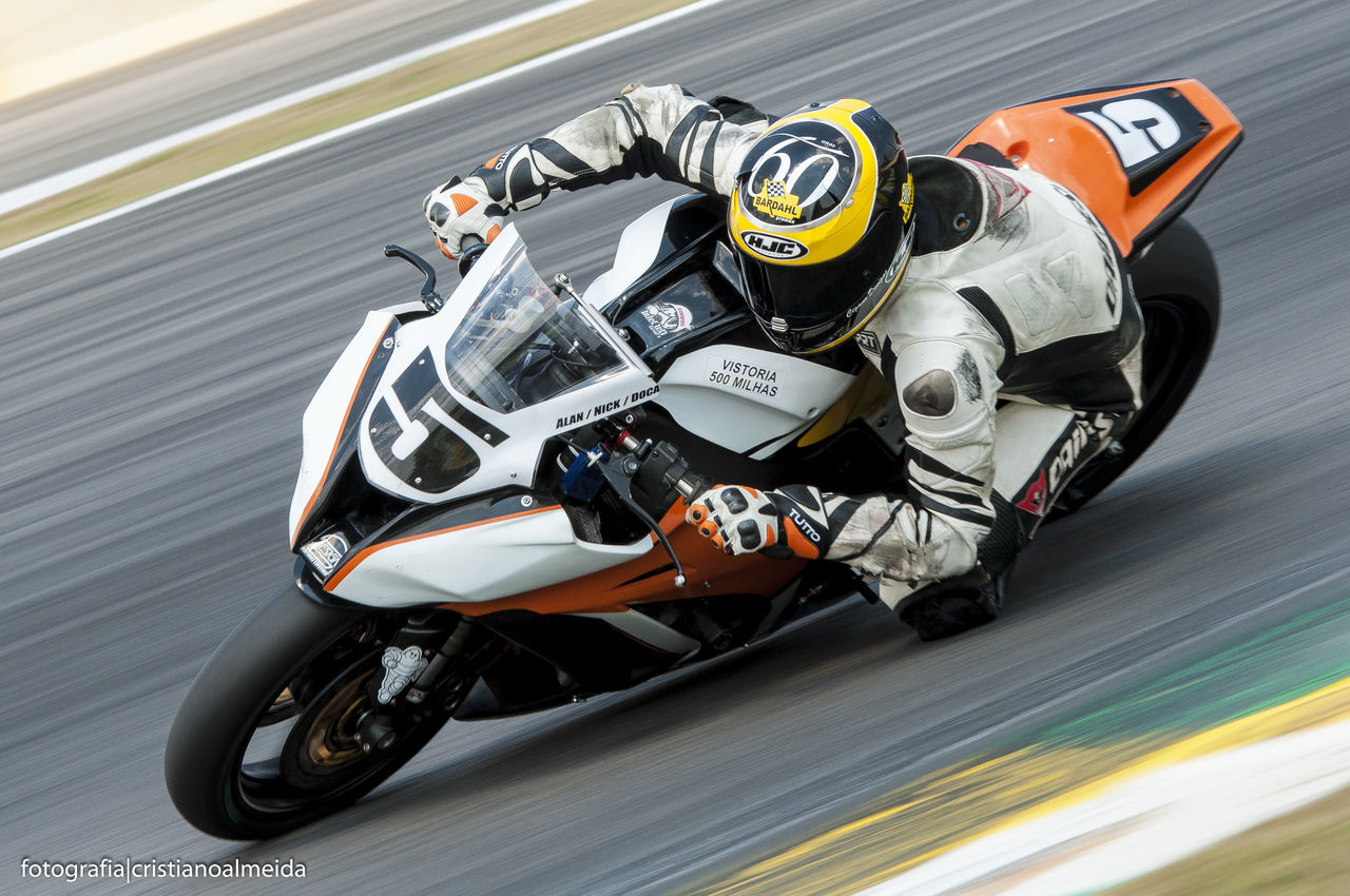 Blurred Motion Control Corrida Danger Interlagos  Lifestyles Men Motorbike Motorsport Motovelocidade Panning Race Real People Speed Superbike