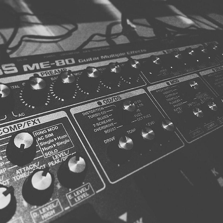 New toy. Bossme80 Multifx Guitarfx