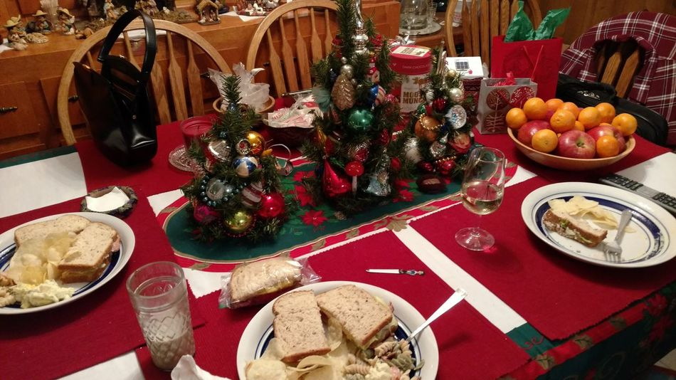 Table Food High Angle View Sweet Food Food And Drink Indoors  Christmas Decoration Family Time