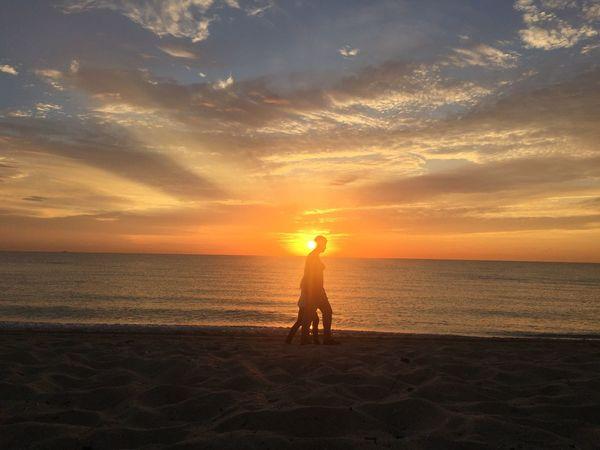 Silhouette Silhouettes Sunrise Silhouettes Sunrise_sunsets_aroundworld
