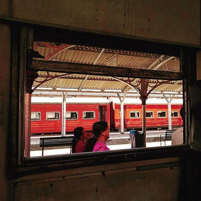 車卡隨便上. SriLanka Kandy Railway Railwaystation