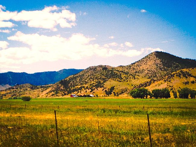 Scenic drive Scenic Drive Farmland Roadtrip Mountains Trees Clouds And Sky Field Travel Outdoors Montana Colour Of Life
