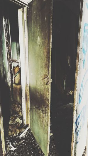 Come In! Druggies Drug Addiction Hidden Places Barrenplace Check This Out Lost Place Lonelyness Creepypasta