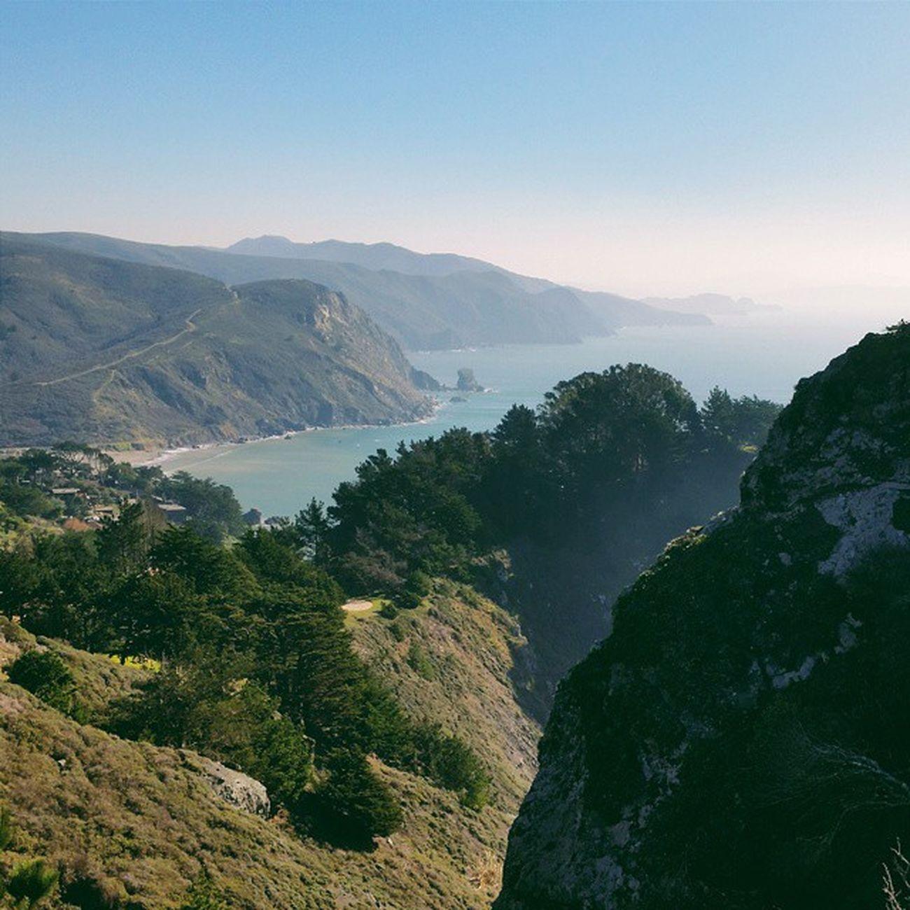There's no coast quite like the West Coast. Muirbeachoverlook Muirbeach Bolinas California marin hiking coastalcalifornia