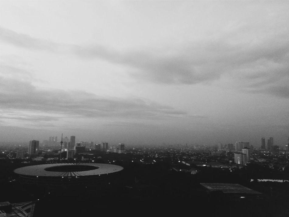 Streetphotography Streetphoto_bw Citylandscape Jakarta Blackandwhite Taking Photos