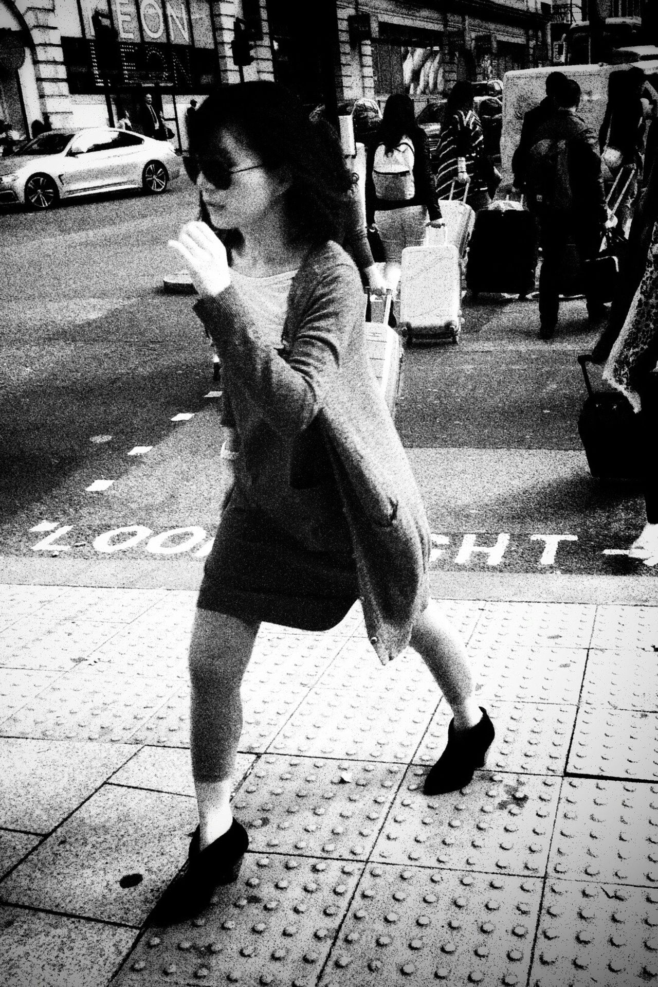 Streetphotography AMPt - Street Street IPhoneography Walking Around Streetphoto_bw Monochrome NEM Black&white Blancoynegro Blackandwhite Street Life Streettogs Flaneur Streetphotography_bw NEM Street Life In Motion High Contrast Enjoying Life Girls Girl