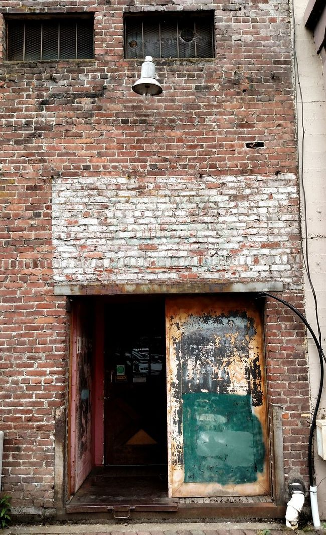 Taking Photos Check This Out Enjoying Life Brick Wall Alleyway Brick Building Street Photography Downtown Salem, Oregon Vintage Building Backdoor